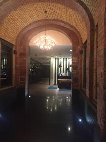 Eingangsbereich Motel One Newcastle